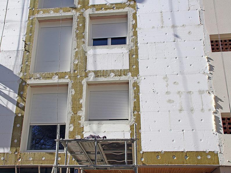 Aislamiento en fachadas exteriores con sistema sate eficiencia energética Cantitec