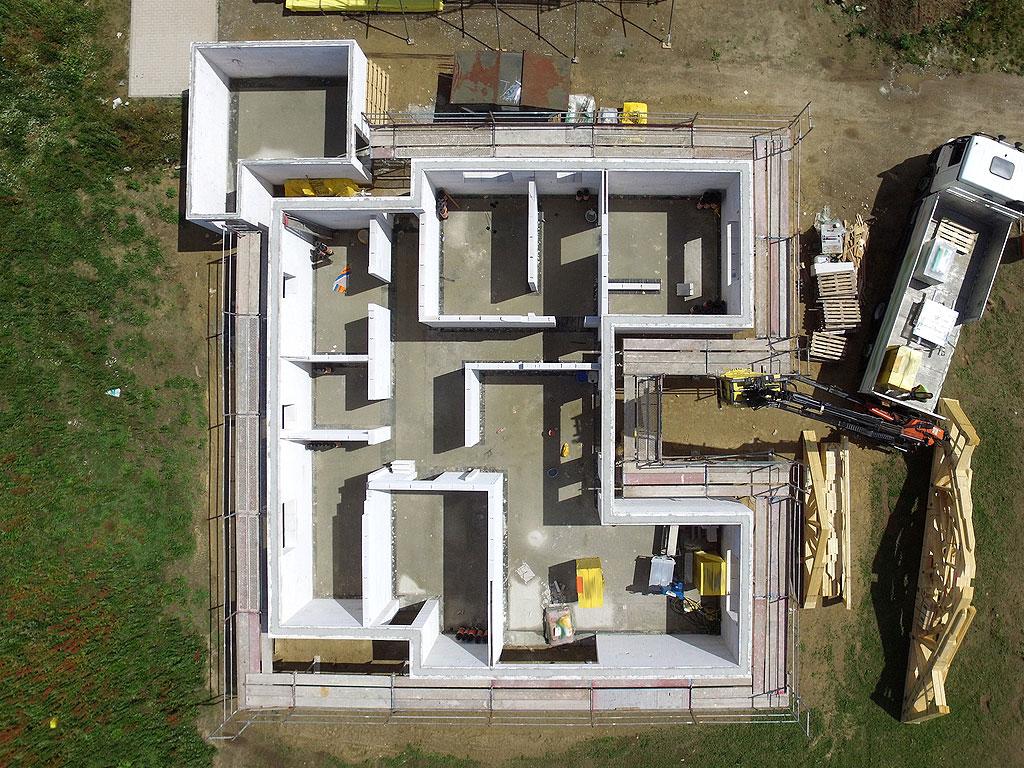 Cámaras interiores y exteriores con aislamiento de poliuretano y poliestireno expandido, realizado por la empresa Cantitec