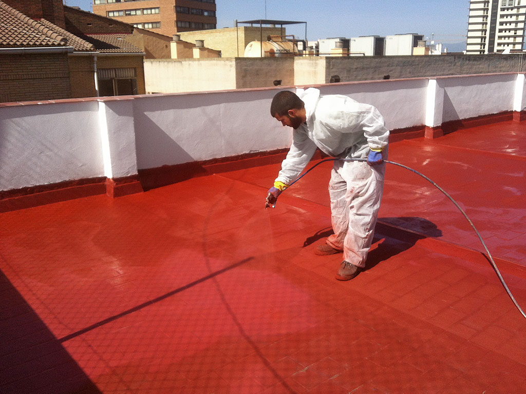 Cubierta impermeabilizada mediante membrana líquida acrílica por la empresa Cantitec de Granada