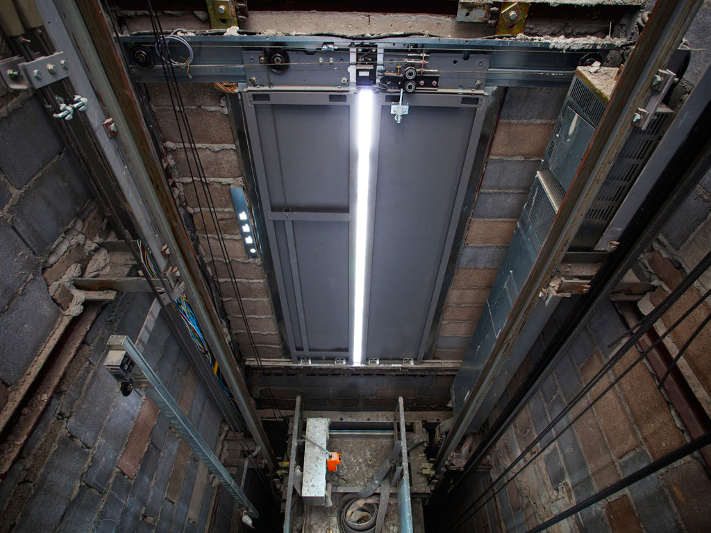 Foso de ascensor impermeabilizado con mortero especial por la empresa Cantitec