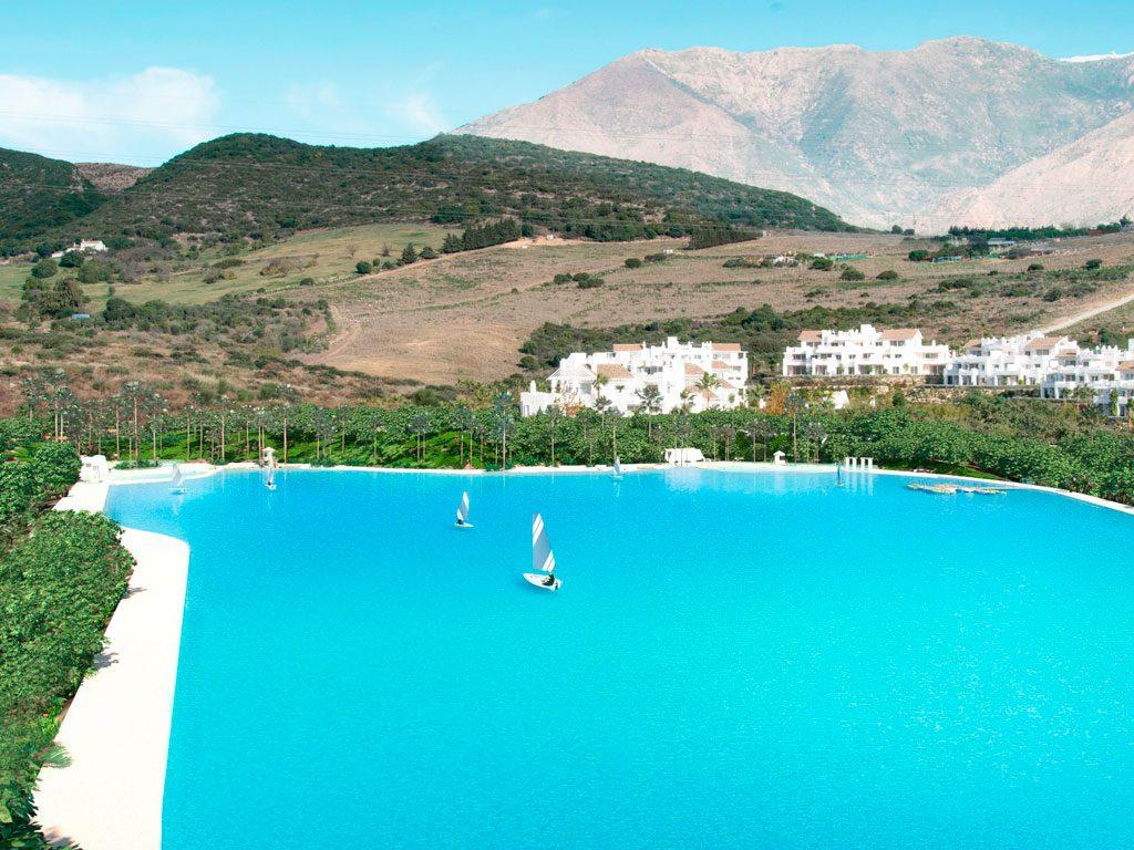 Impermeabilización de la laguna Alcazaba Hills, trabajos realizados por la empresa Cantitec