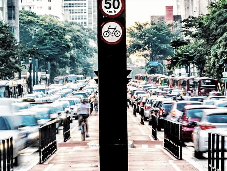 Métodos de aislamiento para reducir el ruido del tráfico