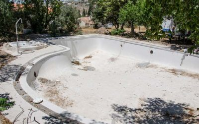 Cómo reparar una piscina: Servicios de reparación diferentes según el tipo de piscina